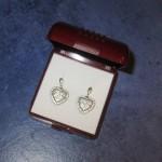 srebrne-nausnice-srca-cirkonima-slika-30940917